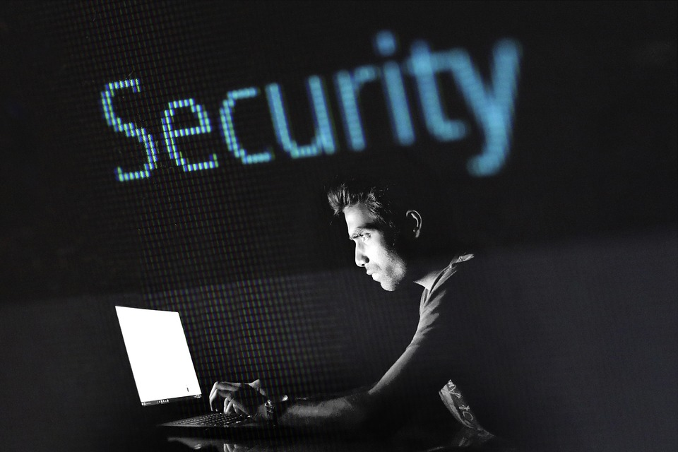 9 claves para un página web segura.
